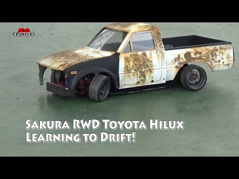 3Racing Sakura D4 RWD 1/10 Drift Car with Toyota Hilux Mojave RC4WD hard body