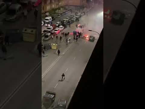Burgos vive una noche de altercados por el toque de queda