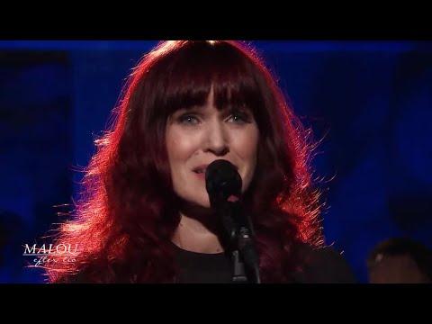 """Det vackraste"" - Cecilia Vennersten - Malou Efter tio (TV4)"