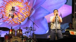 Download Basanta Eshe Geche Live By Anupam Roy MP3 song and Music Video