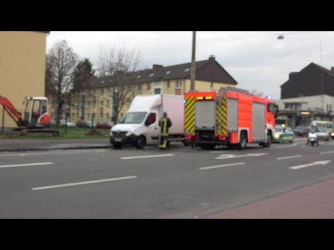 Senior von LKW erfasst - Lebensgefahr in Köln-Buchheim am 15.01.18