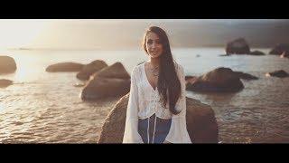 Смотреть клип Mariana Nolasco - Que Seja Pra Ficar