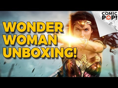 Wonder Woman - Unboxing Custom Merch | ComicPOP