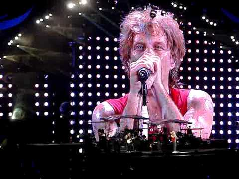 "Bon Jovi, ""Living on a Prayer,"" 7/9/10, New Meadowlands Arena"