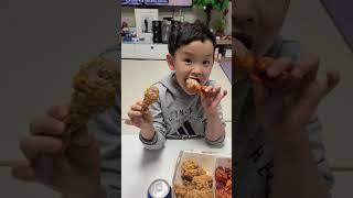 쭈니티비#치킨먹방#멕시카나 치킨#뼈까지 먹는#치킨은 이…