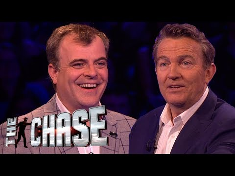 Simon Gregson Goes Down Coronation Street Memory Lane | The Celebrity Chase