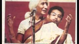 Incredible Prabha Atre - Rare live recording of Marathi Gazal.wmv