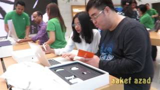 Gambar cover Apple Store Singapore Quick Tour