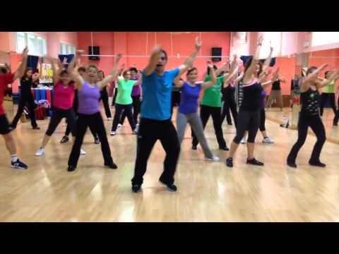 "Dance ""Feel This Moment ""  (CoreoFitness MundoGuyi) Cristina Aguilera feat Pitbull"