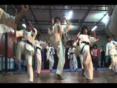 Karate Training with 5th Dan Black Belt M. Krishna at Power Cuts & Curves R.T. Nagar Bangalore