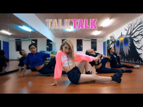 Смотреть клип Wengie - Talk Talk