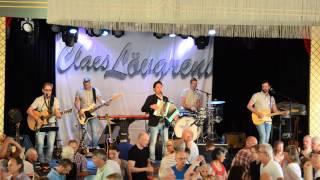 "Claes Lövgrens framför ""Oh Julie"" på Gröna Lund 2015"