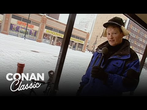 "Conan Plays In The Snow - ""Late Night With Conan O&39;Brien"""
