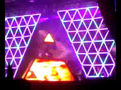 Daft Punk Oxegen 07- Superheroes/Human After All/Rock & Roll