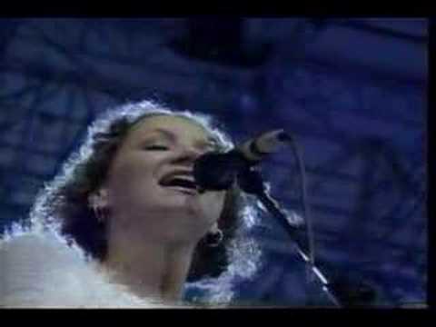 St Teresa (Pavarotti & Friends) - Joan Osborne