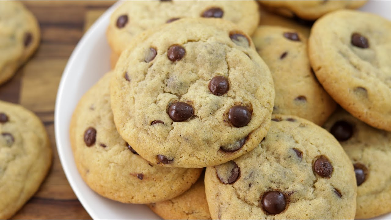 Soft Chewy Chocolate Chip Cookie Recipe