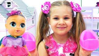 Diana Dan Roma Bermain Di Tempat Bermain Bayi & Boneka Bayi Baru