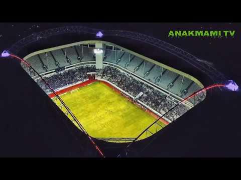 Wow luar biasa lighting stadion Batakan Persiba balikpapan, Emirates stadiumnya Indonesia