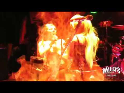 watch tera wray performing with static x live at wallys pub hampton nh youtube. Black Bedroom Furniture Sets. Home Design Ideas