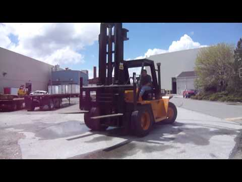 equipmentfacts.com Huge Online Heavy Equipment Auction June 26 2014  Caterpillar Forklift
