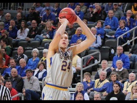 NCAA Basketball: South Dakota State's Mike Daum nearing history