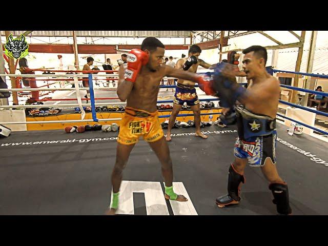 Nabiyom Padwork | Emerald Muay Thai gym