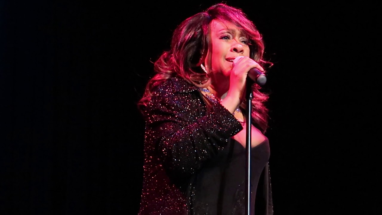 Mary Wilson of The Supremes - Stoned Love - Newberry Opera House - 210/19