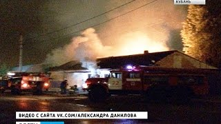 В Краснодаре горела мастерская по изготовлению памятников(, 2016-09-27T10:12:25.000Z)
