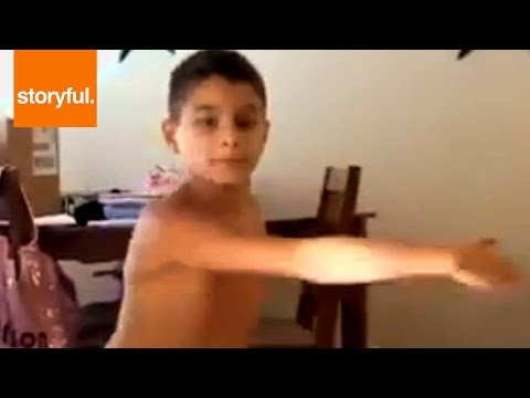 10 Year Old Ballet Dancer Shows Crazy Pirouette Spinning (Storyful, Crazy)
