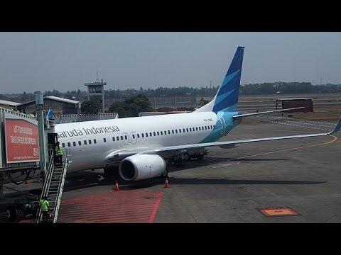 Flight Review Garuda B737-800 Jakarta to Manado North Sulawesi