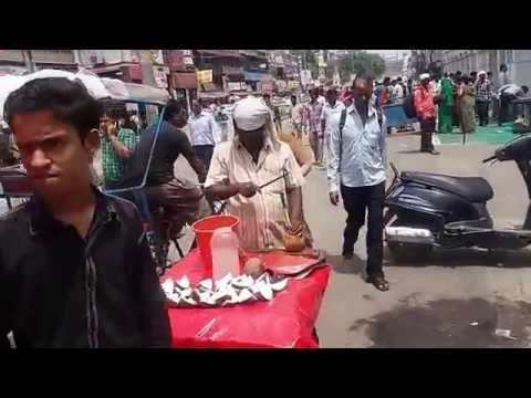 How safe is India? A walking street tour of Old delhi