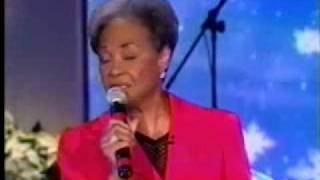 Watch Nancy Wilson Let It Snow Let It Snow Let It Snow video