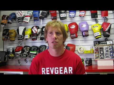 Buying The Right Boxing Gloves For Your Size, Build And Sport With FightstorePro.com
