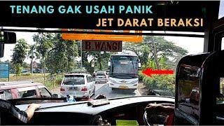 Download Video Momen Menegangkan Ketika Jet Darat Beraksi, Semua Bus Mundur Lawan Bus Jawa Timur Ini MP3 3GP MP4