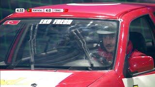 Scheibenwischer an - Eko Fresh hilflos im Auto  Autoball EM 2012