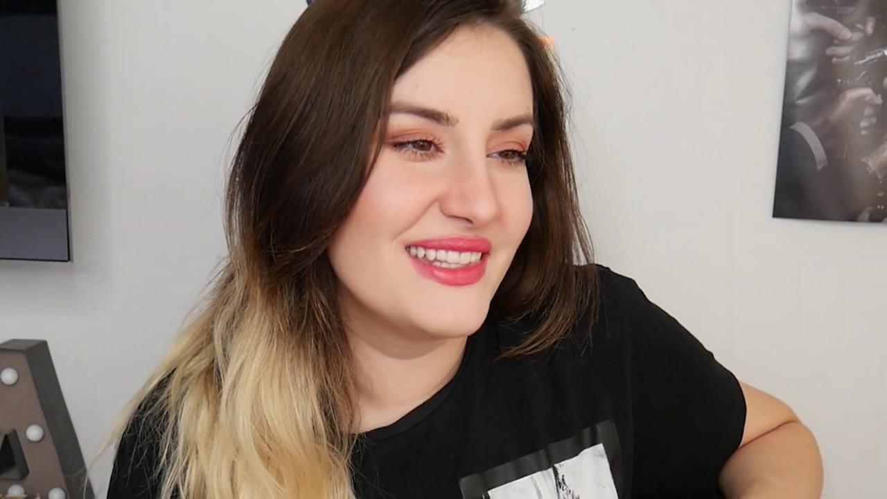 alizee yeezy