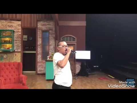 Sule ft Andre - follow me (latihan sebelum tampil di ini talk show)