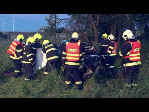 Tragická dopravní nehoda se zraněním pěti osob   Horní Loděnice