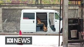 Baixar Van filled with explosives detonated in Colombo, Sri Lanka   ABC News
