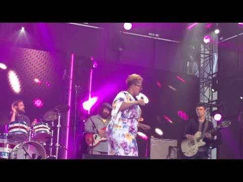 """Over My Head (live)"" Alabama Shakes (Jimmy Kimmel 4/21/15)"