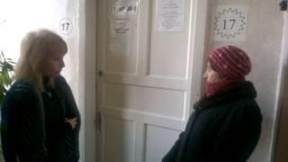 В Рубежном переселенцы хотят оформить справки вне очереди(, 2014-12-15T09:05:57.000Z)