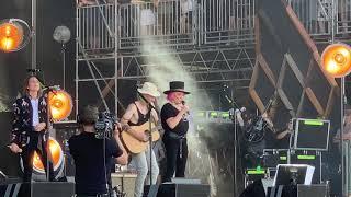 Tanya Tucker with Brandi Carlile - The Wheels of Laredo - 6/16/19 - Bonnaroo - Manchester, TN