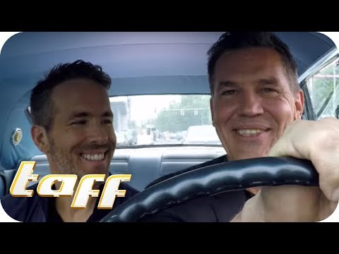 BROMANCE zwischen RYAN REYNOLDS und JOSH BROLIN – Stars in Cars  taff  ProSieben