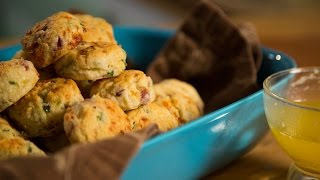 Jalapeño Bacon Cheddar Biscuits  Lazs Comfort Kitchen  Ep. 4