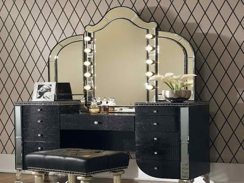Beautiful Bedroom Makeup Vanity With Lights