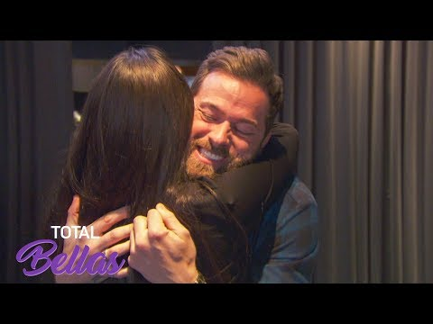 Nikki Bella goes to lunch with Artem: Total Bellas Preview Clip, Jan. 27, 2019
