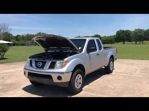 2008 Silver /GRAY Nissan Frontier LE King Cab 2WD (1N6AD06U48C) with an 4.0L V6 DOHC 24V engine, 5-Speed Automatic transmission, located at 17760 Hwy 62, Morris, OK, 74445, (918) 733-4887, 35.609104, -95.877060 - Photo #0