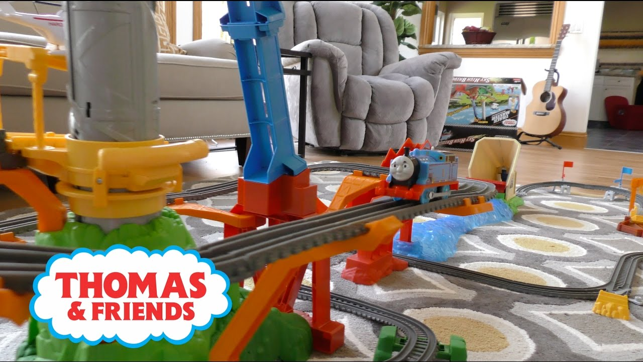 4c87f914fe465a Fisher-Price Thomas' Sky High Bridge Jump Assembly Instructions | Thomas &  Friends 2017