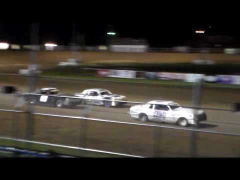 Hobby Stock Amain @ Independence Motor Speedway 08/20/16