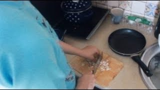 видео Харчування при грудному вигодовуванні